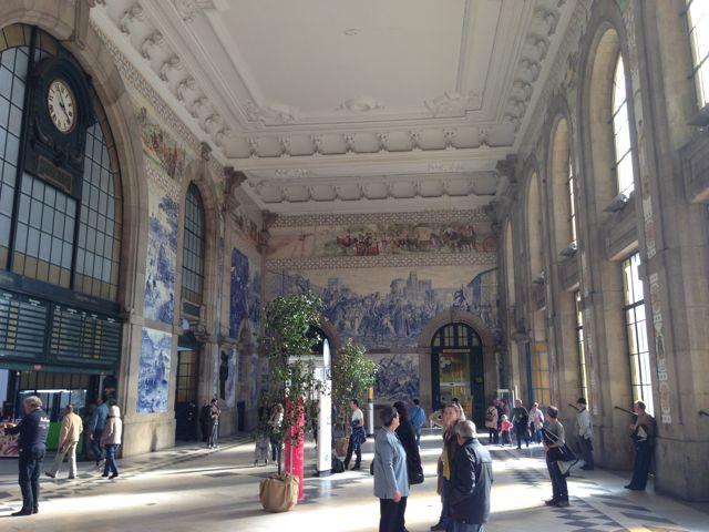 Estação de Trem são Bento | Onde os azulejos Contam historia!