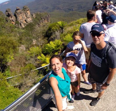 Australia-Sydney-Three-Sisters
