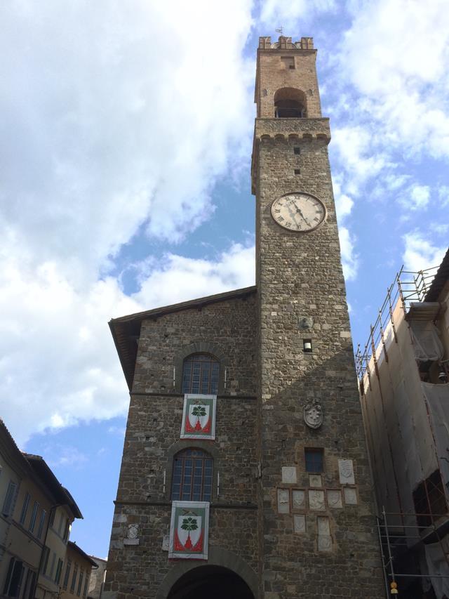 Torre em Montalcino