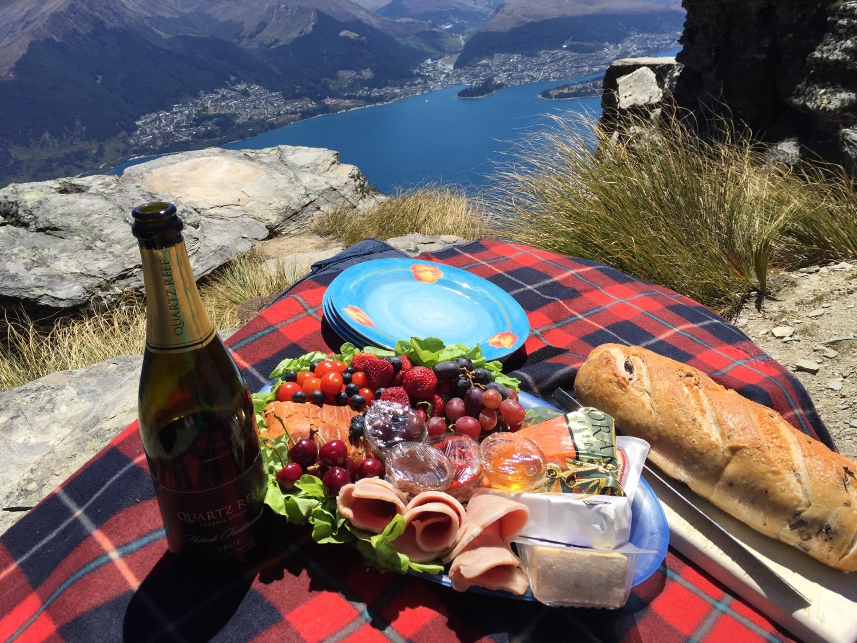 Heli picnic Queenstown