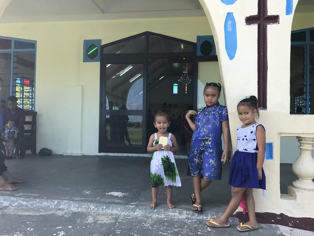 Crianças de Samoa Igreja