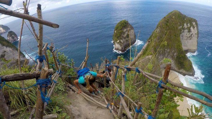 Kelingking em Nusa Penida