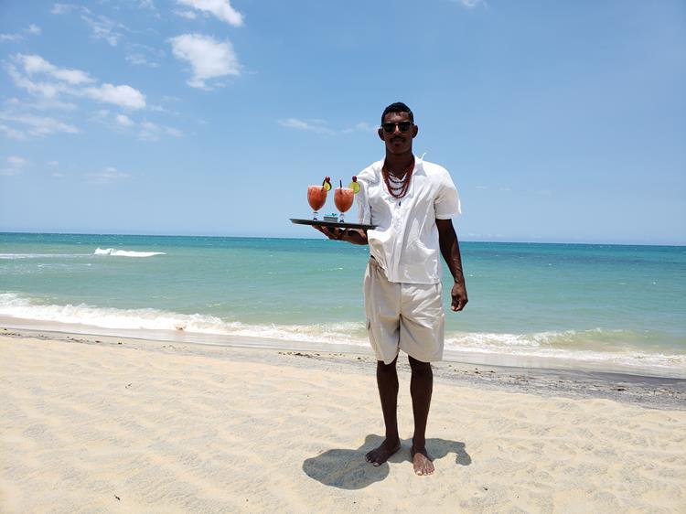 Se você procura um hotel exclusivo numa das praias mais bonitas do Brasil gostaria de lhe mostrar o Hotel Calá & Divino, o único hotel na Praia do Espelho.