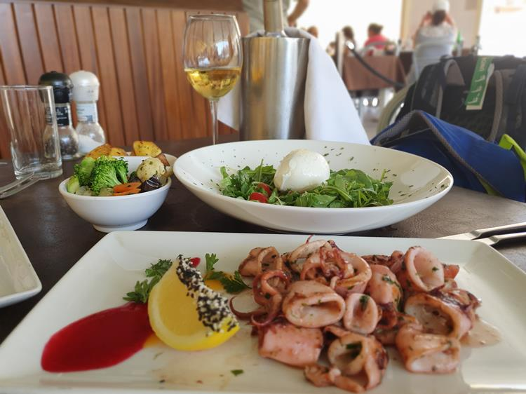 almoço na ilha de Gozo