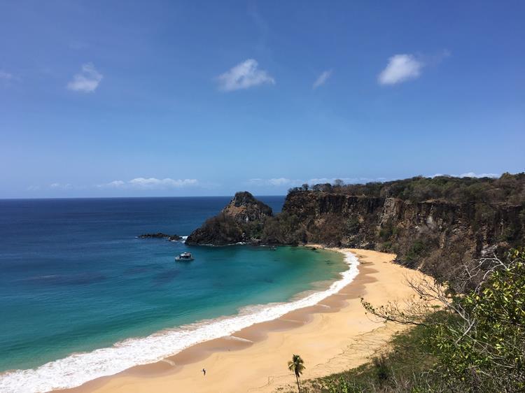 Praia do Sancho Noronha