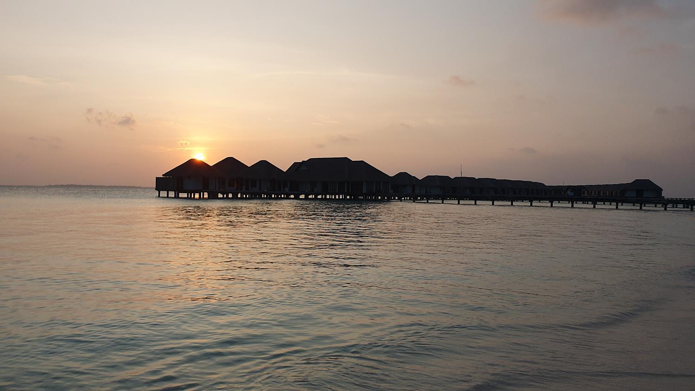 Por do sol Maldivas