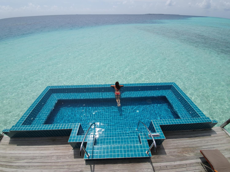 Piscininha Amor nas Maldivas