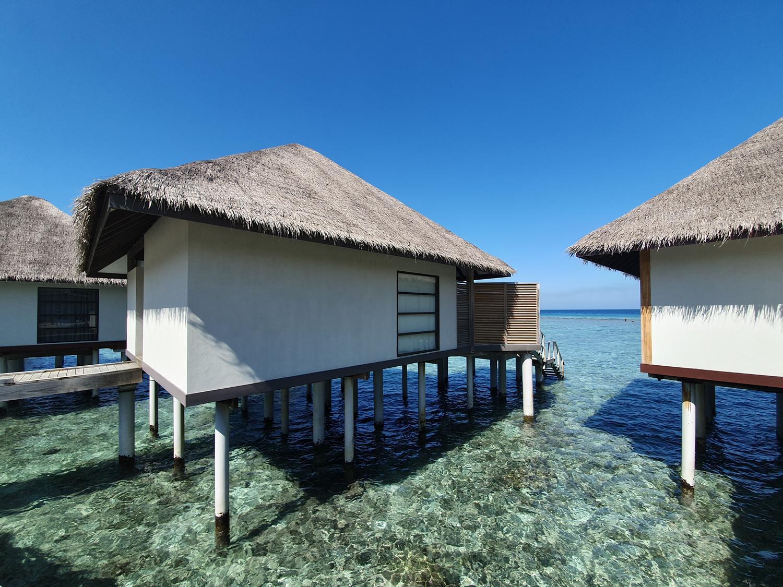 Bangalô sobre as aguas nas Maldivas
